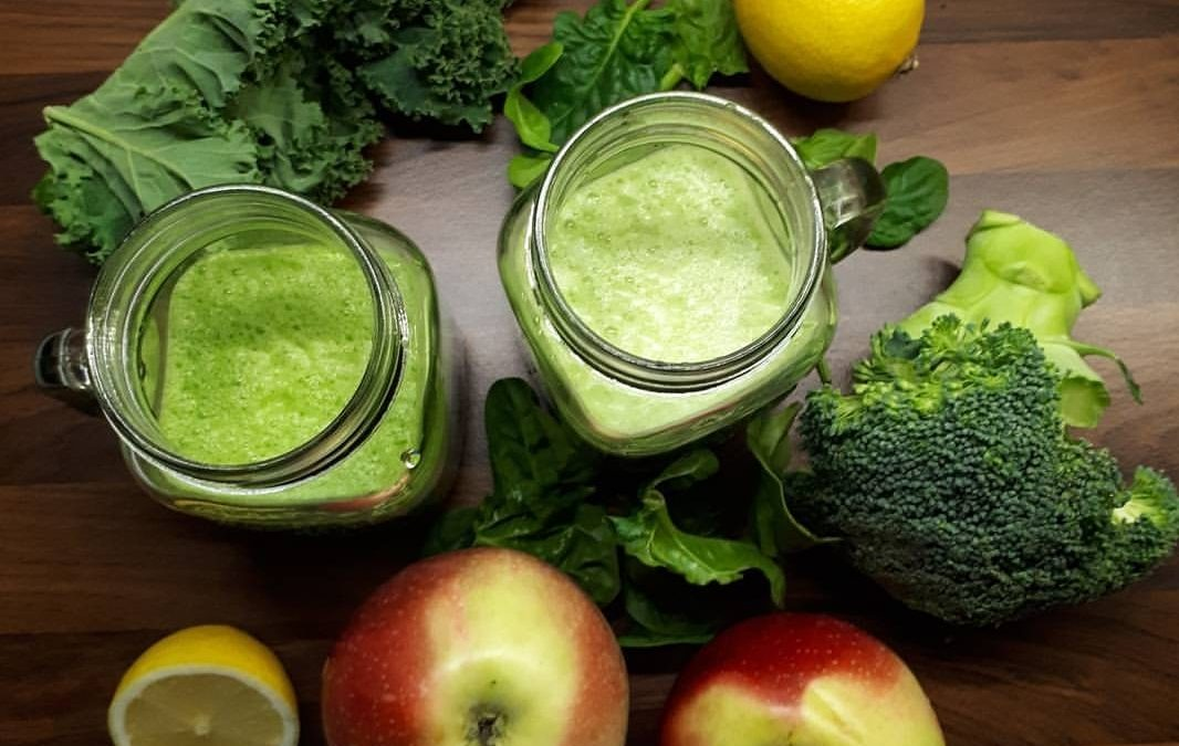 Sok wyciskany ze świeżych owoców i warzyw